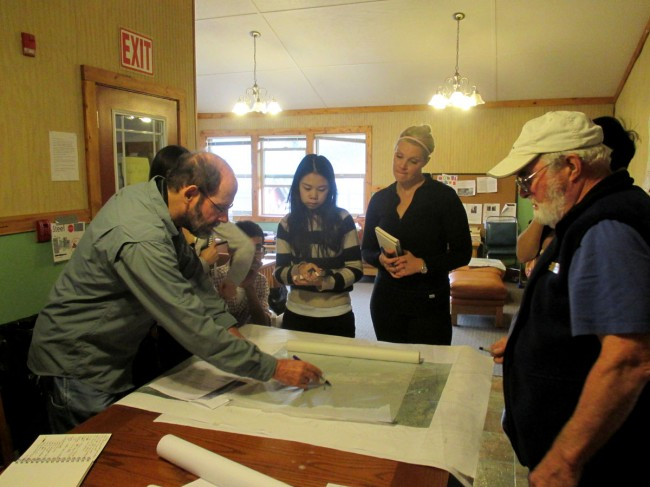 Students and Professor Sharky discuss their ideas with Ken Pendleton, landscape architect at the Anchorage office of the National Park Service