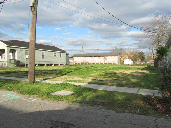 new orleans vacant lots