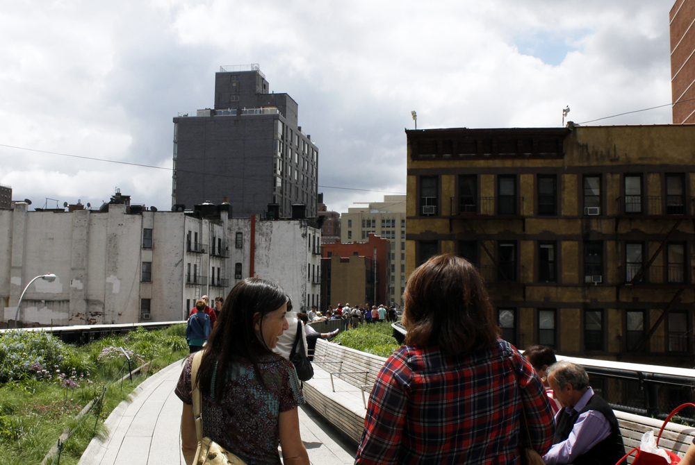 Students walking on High Line in New York City