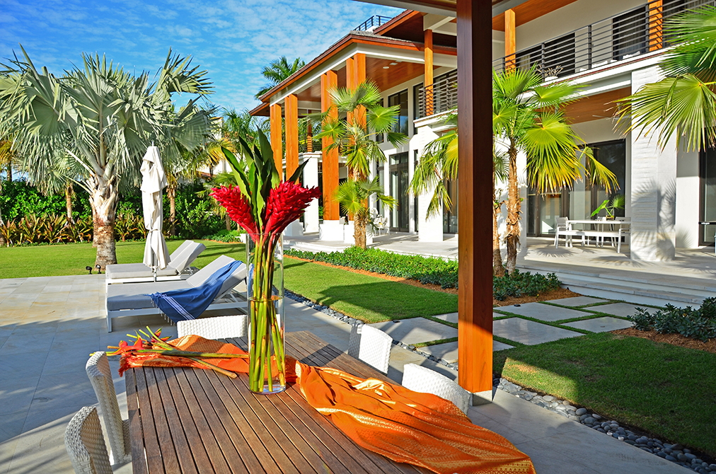 landscaped patio
