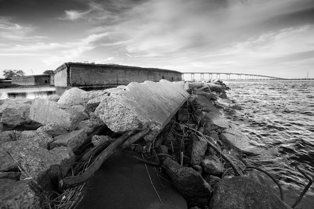 Black and white photo of ruin, lsu architecture student work