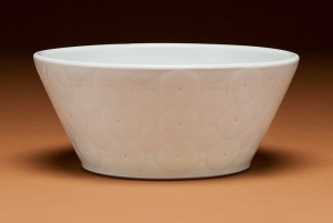Serving bowl by Andy Shaw
