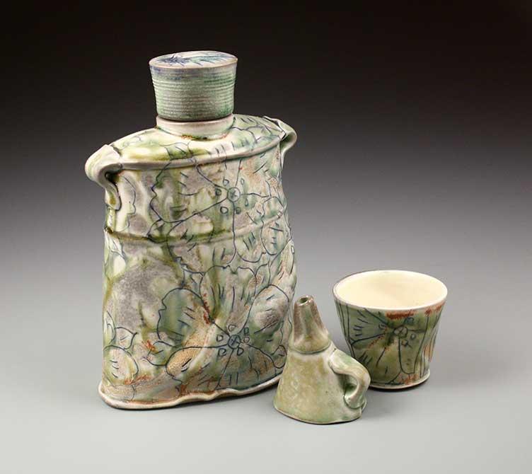 mike stumbras ceramic vessels