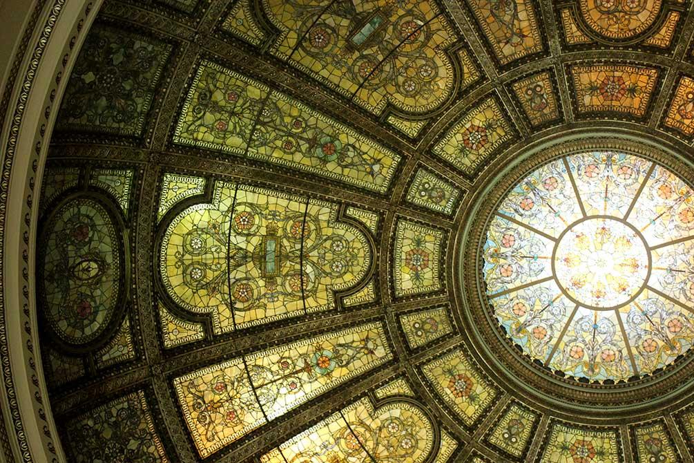 lsu in chicago, church ceiling