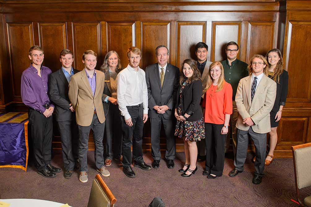 lsu discover architecture scholar receives christopher award student james scholars alexander president research king