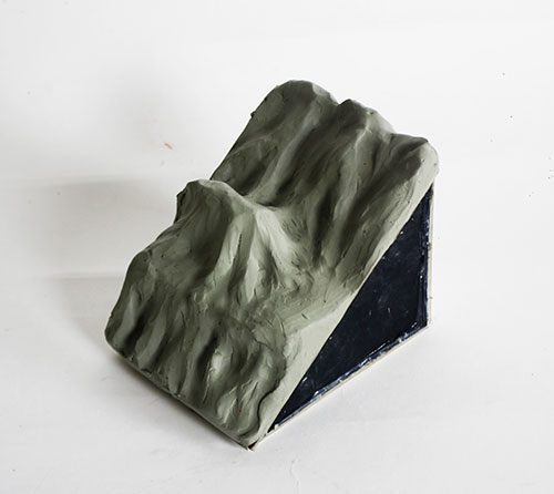 Clay model of inter bedded sedimentary rocks