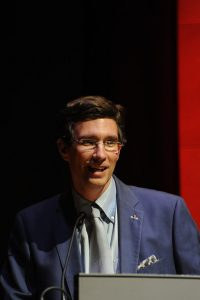 Darius Spieth speaks at the Louvre