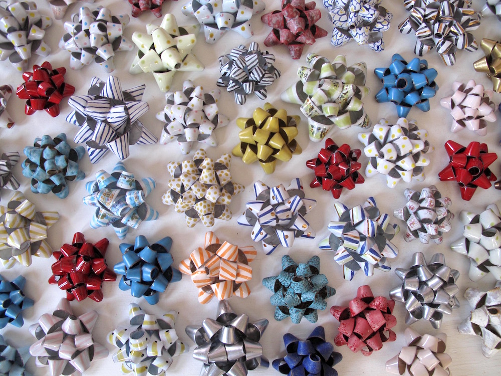 many ceramic bows