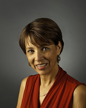 Photo portrait of Lorie Westrick smiling for camera