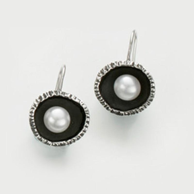 Oyster pearl earrings