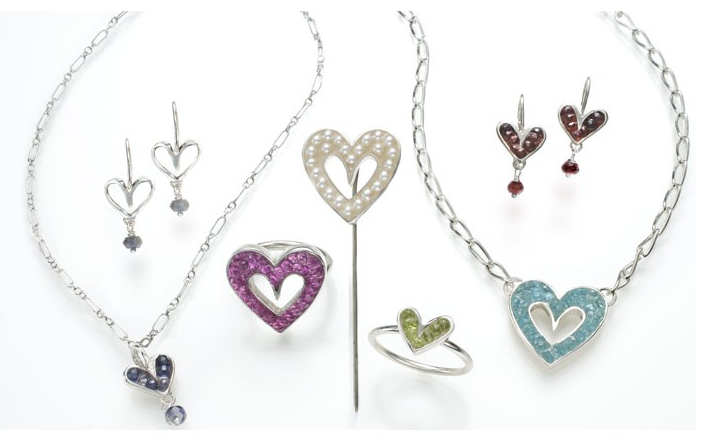 Jewelry with heart pendants