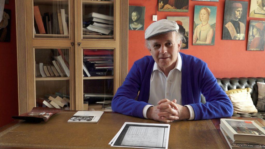 Emmanuel Schwartz at desk